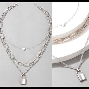LAST! silver chunky chain heart choker necklace